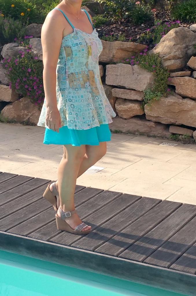 Réaliser une robe en double épaisseur à fines bretelles