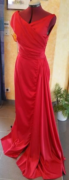 Réaliser une robe de bal en satin