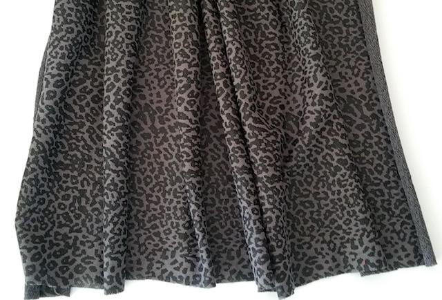 Tissu pour élargir la jupe