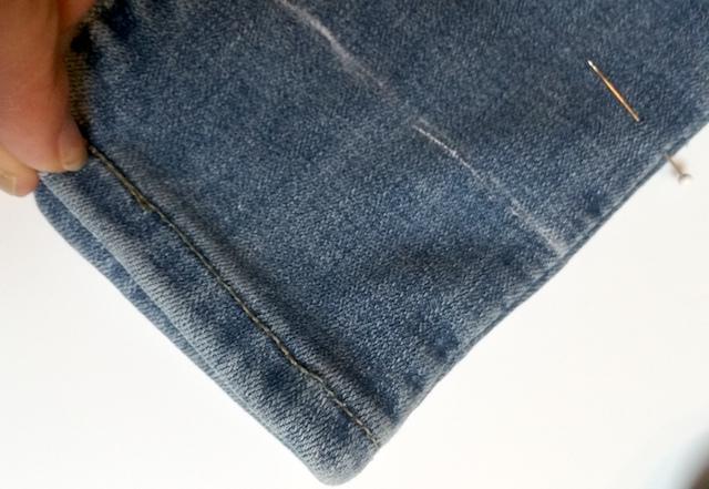 Marquez l'ourlet d'un jean